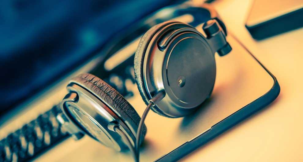 CRM, l'applicazione per radio e TV